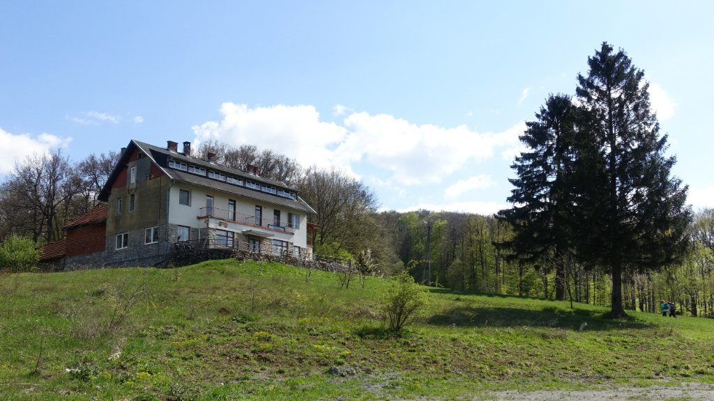 Planinarski dom Petrov vrh