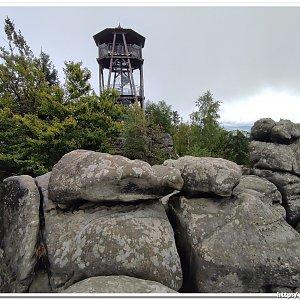na hrad Skály a rozhlednu Čáp