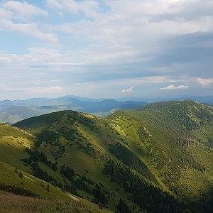 Trek přes Nízké Tatry - den 1 - Čertovica -> Štefánička