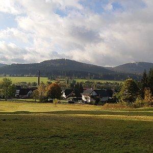 Žlebský vrch a Chlustov