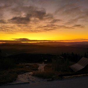 Martin Konvičný na vrcholu Lysá hora (1.12.2019 6:45)
