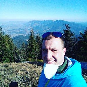 Bartek_na_cestach na vrcholu Lysá hora (7.4.2020 11:35)