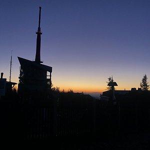 Ivča na vrcholu Lysá hora (9.9.2020 5:50)
