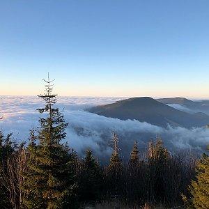 Ivča na vrcholu Lysá hora (26.11.2020 7:09)