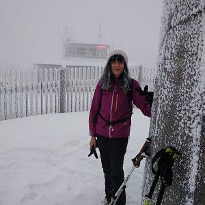 Jana Mayerová na vrcholu Lysá hora (25.12.2018 15:33)