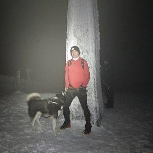 Joch a Dingo na vrcholu Lysá hora (31.12.2018 20:38)