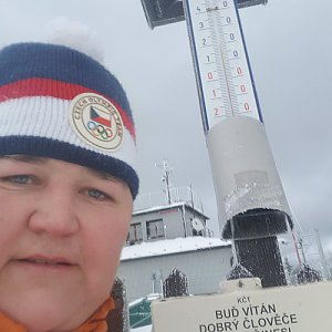 Lucie Hrošík Hejnalová na vrcholu Lysá hora (12.2.2020 12:31)