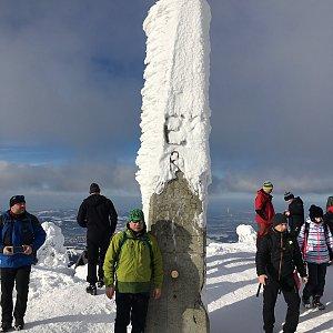 Pery na vrcholu Lysá hora (19.1.2019 13:18)