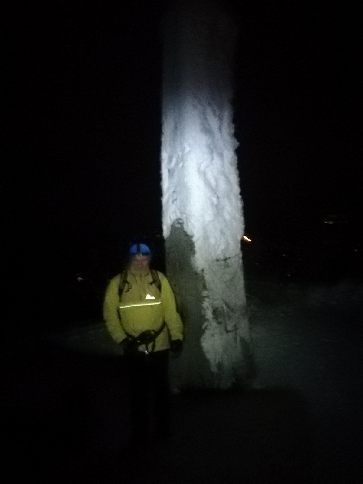 Joch a Dingo na vrcholu Lysá hora (17.1.2019 19:26)
