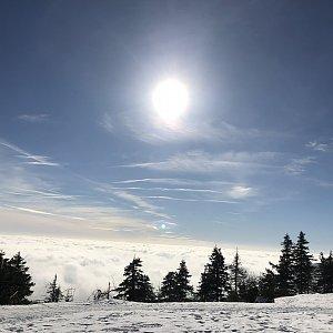 Zuzka Beyerová na vrcholu Lysá hora (8.2.2019)