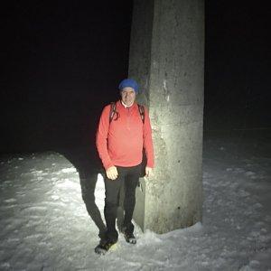 Joch a Dingo na vrcholu Lysá hora (14.3.2019 18:34)