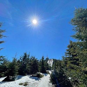 Pavlaja na vrcholu Lysá hora (9.5.2021 18:09)