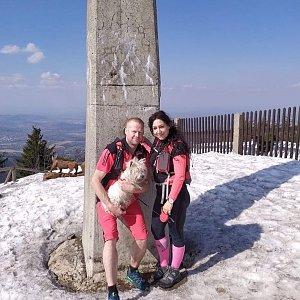 Pavlaja na vrcholu Lysá hora (4.4.2019 16:49)