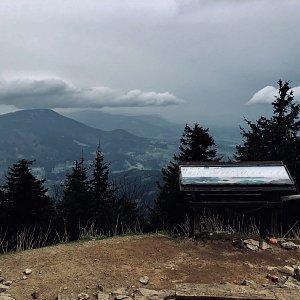 Ivča na vrcholu Lysá hora (23.4.2019 18:07)