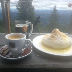Petra Kosarkova na vrcholu Lysá hora (8.8.2021 14:44)