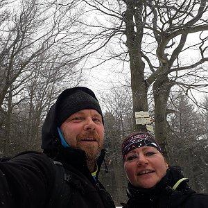 Martin a Jana Halamíčkovi na vrcholu Tanečnice (4.3.2020 11:07)
