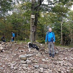 Joch a Dingo na vrcholu Tanečnice (10.10.2020 16:03)