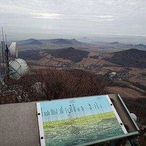 Štěpánka na vrcholu Milešovka (24.2.2019 10:00)
