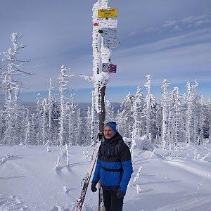 Petr Bartoň na vrcholu Malinowska Skala (31.1.2021 19:44)
