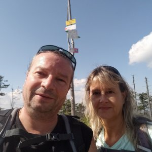 Jiří a Iveta na vrcholu Malinowska Skala (4.9.2021 13:07)