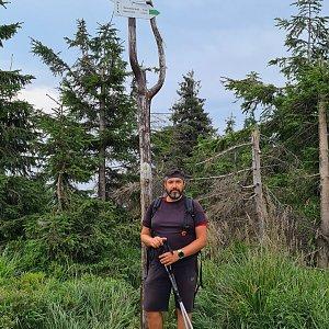 Jiří Gryz na vrcholu Male Skrzyczne (25.7.2021 9:45)