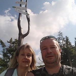Jiří a Iveta na vrcholu Male Skrzyczne (4.9.2021 14:08)