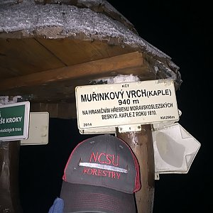 Kuba Raab na vrcholu Muřinkový vrch (22.1.2020 6:18)