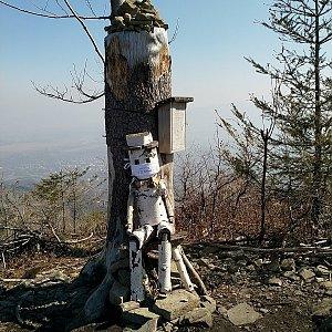 Anna na vrcholu Ondřejník - Vrchol (28.3.2020 11:18)