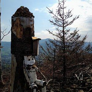 Iva Purmenská na vrcholu Ondřejník - Vrchol (13.4.2020 10:05)
