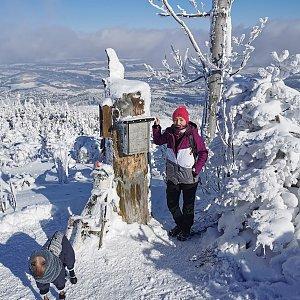 Michelle Sýkorová na vrcholu Ondřejník - Vrchol (14.2.2021 12:40)