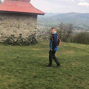 Roman Brož na vrcholu Ondřejník - Vrchol (1.5.2019 13:35)