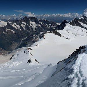 Bouřka na vrcholu Mönch (31.7.2020 14:52)
