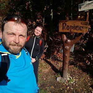 Martin a Jana Halamíčkovi na vrcholu Ropice (19.10.2019 11:17)