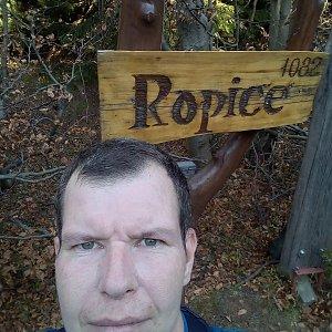 Michal Krčmář na vrcholu Ropice (26.10.2019 14:21)