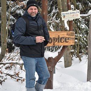 Ladislav Farý na vrcholu Ropice (22.2.2020 12:57)