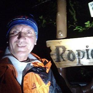Joch a Dingo na vrcholu Ropice (5.10.2020 19:09)