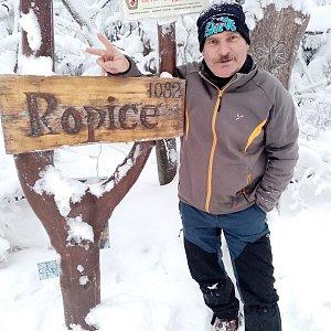 Lojza Žáček na vrcholu Ropice (16.1.2021 16:00)