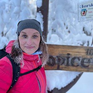 Veronika Spáčilová na vrcholu Ropice (17.1.2021 14:00)
