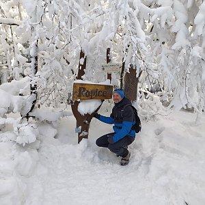 Petr Bartoň na vrcholu Ropice (14.2.2021 18:19)