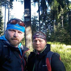Martin a Jana Halamíčkovi na vrcholu Zimný (24.11.2019 10:25)
