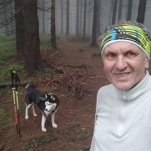 Joch a Dingo na vrcholu Zimný (2.10.2020 10:39)