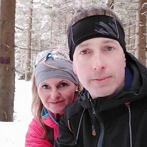 I+L Rajnochovi na vrcholu Zimný (9.2.2019 11:46)