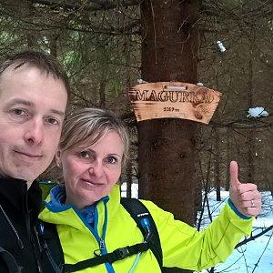 I+L Rajnochovi na vrcholu Magurka (10.3.2018 13:11)