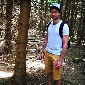 Jack Skurello na vrcholu Magurka (28.4.2018 13:29)