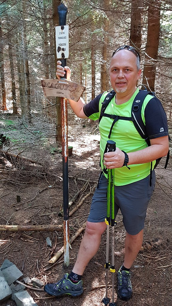 Fido a Myszka na vrcholu Magurka (9.9.2018 11:55)