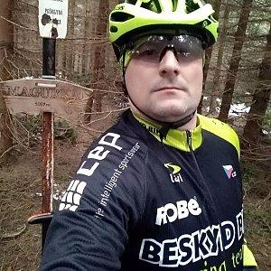 Vítězslav Vrána na vrcholu Magurka (27.4.2019 16:10)