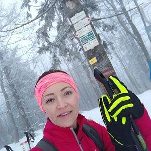 Michelle Sýkorová na vrcholu Velký Polom (15.2.2020 10:55)