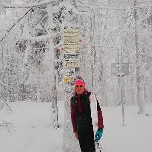 Petra Bocková na vrcholu Velký Polom (5.1.2019 0:01)