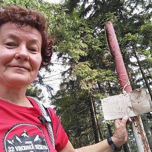 Anna na vrcholu Malý Polom (3.8.2019 9:08)