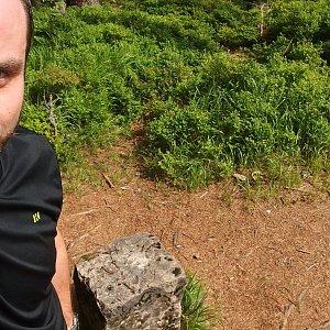 Jiří Chmiel na vrcholu Malý Polom (18.8.2019 11:59)
